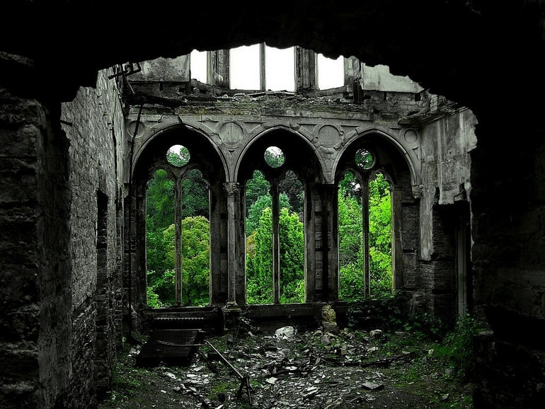 33 Most Beautiful Abandoned Places Around The World Karoleen